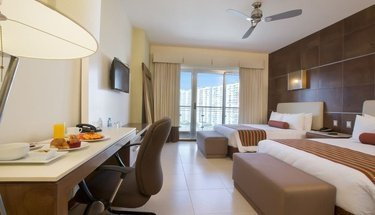 chambre double standard Hôtel Krystal Urban Cancún Cancún
